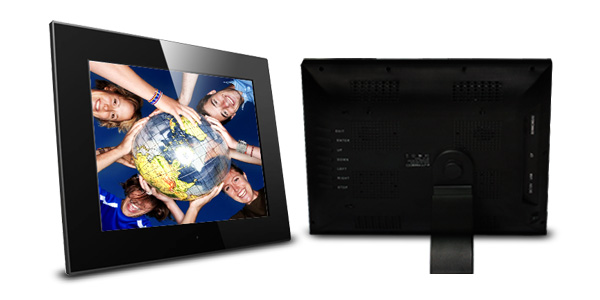 15-inch LCD Digital Photo Frame At 1024 x 768 Resolution